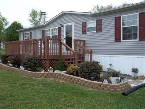 backyard mobile home best 25 mobile home landscaping ideas on pinterest