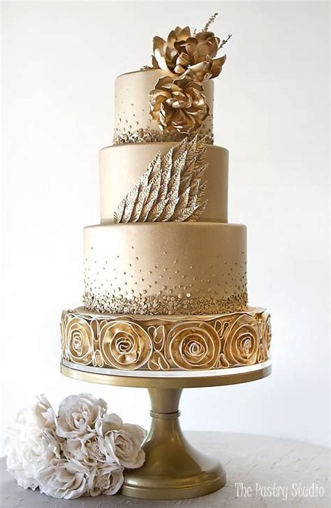 luxury wedding cake fabmood wedding colors wedding