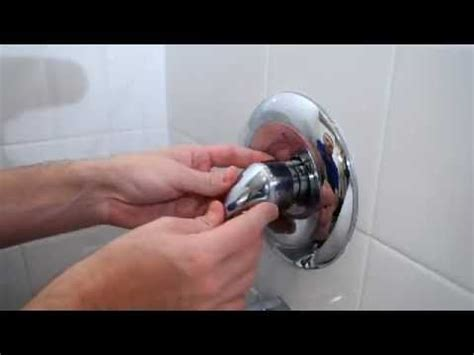 leaking bathtub best 25 shower faucet repair ideas on pinterest shower
