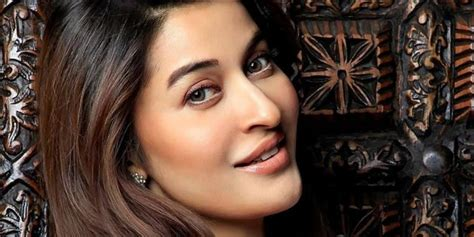 pakistani hair tips show host pics shaista lodhi back on geo tv with morning show celebrity