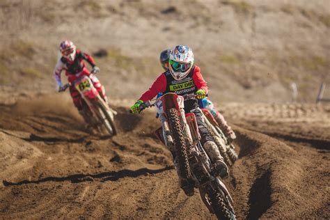 motocross racing dirt bike motorcycle racing 5k wallpapers new hd wallpapers