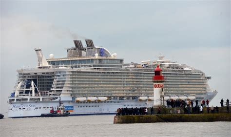 largest cruise ship being built photo update of the world s largest cruise ship