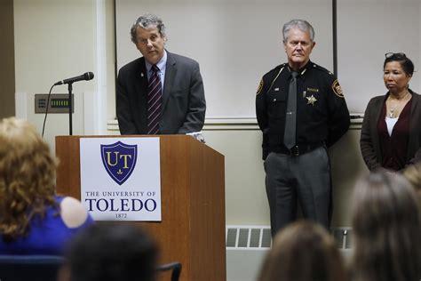 sen brown visits ut to pitch new anti trafficking bill
