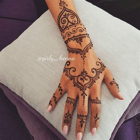 henna tattoo on hands tatoo de hena me mega super encanta henna pinterest
