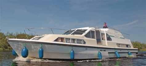 boten te koop zonder vaarbewijs classique boten boot zonder vaarbewijs le boat