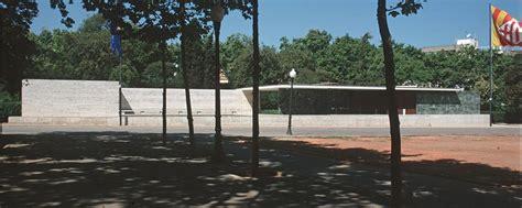 deutscher pavillon barcelona file barcelona mies v d rohe pavillon weltausstellung1999