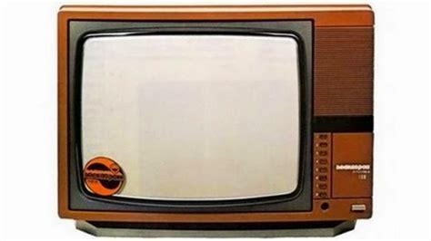 Tv Cekung evolusi televisi dari cembung ke datar ke cekung