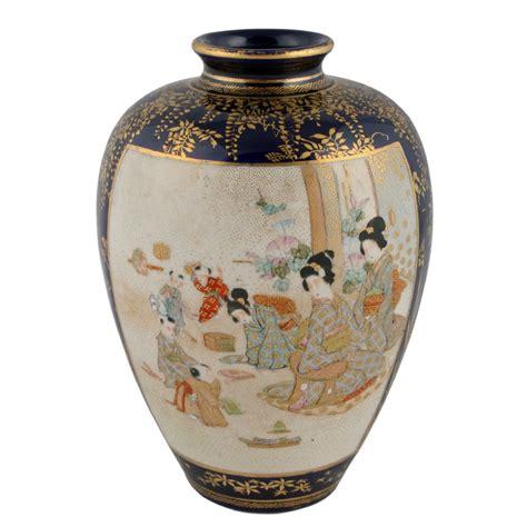 japanese satsuma vase japanese satsuma pottery vase 317457 sellingantiques co uk