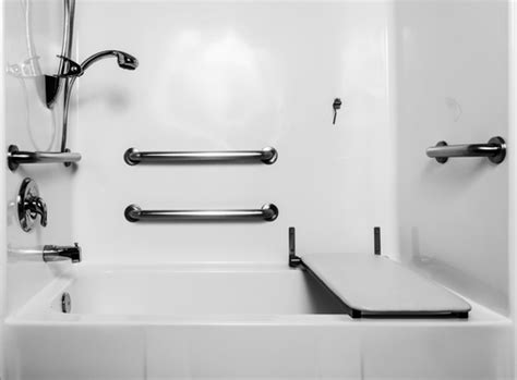 bathtubs for the elderly and disabled the advantages of bath seats for the elderly and disabled