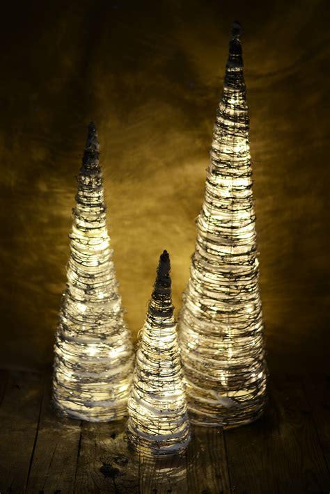 grapevine lighting of the christmas tree 3 led lighted whitewash grapevine cone christmas trees