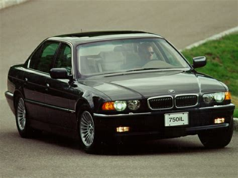 2000 bmw 750 overview cars