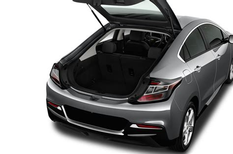 2014 Chevy Volt Review by 2017 Chevrolet Volt Reviews And Rating Motortrend