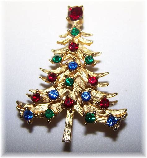vintage christmas tree rhinestone pin brooch from