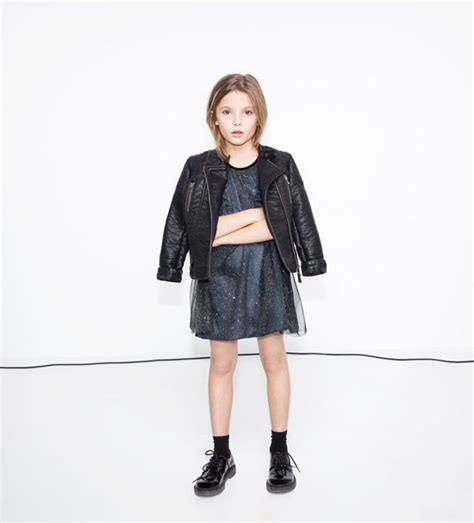 Zara kids is preparing christmas and it has just launched a special