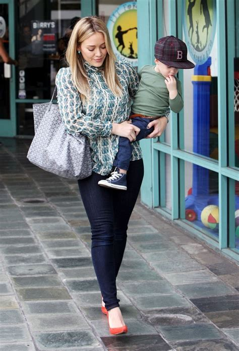 St Yves Three Ban Sandal Navy teewhy hive hilary duff in burch blouse