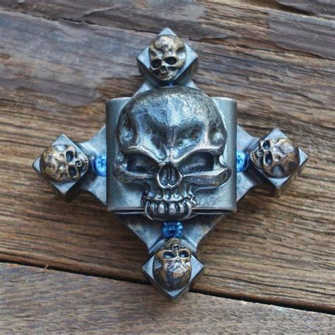 Top Fidget Spinner Spinner Toys Original Metal 3 Side skull crossbones spinner a range of more