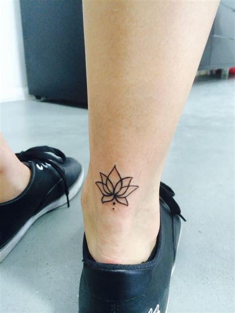 tattoo lotus ankle 34 best lotus flower tattoos on ankle