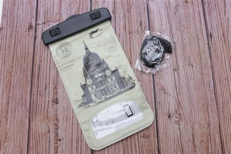 Terlaris Sarung Hp Waterproof 4 sarung handphone anti air waterproof character rp 50 000 supplier id open