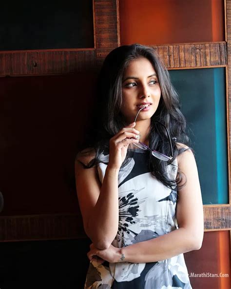 marathi stars hd photos sayali sanjeev marathi actress biodata photos wiki gauri