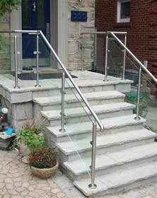 Exterior Banister 25 Best Ideas About Outdoor Stair Railing On Pinterest