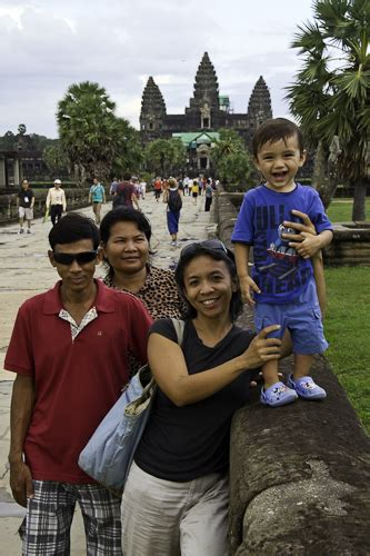 mrenh gongveal chasing the elves of the khmer books one happy boy
