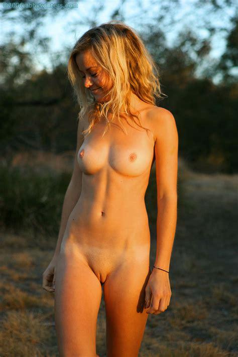 Rika Shiori Suwano Nude Hot Nude Photo Gallery Office Girls Wallpaper
