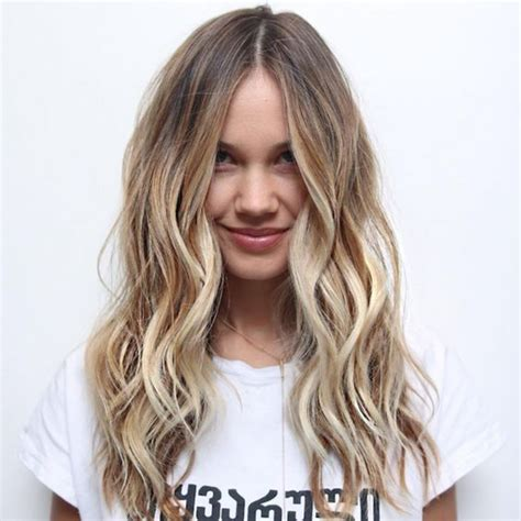 Blonda Frisyrer 2016 by Highlighted Hair Highlights And Dyes On