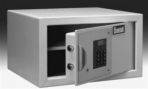 Closet Safes by Index Of Locksmith Safes Gardall