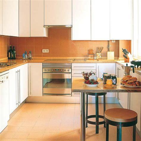 kitchen designs for small areas идеи за кътове за хранене в малката кухня списание жилища
