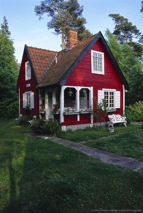 cottage building charming red cottage cozy cottage pinterest