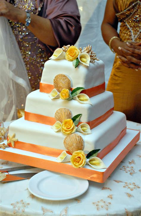 Types Of Wedding Cakes by Types Of Wedding Cake Flavors Preferred Jamaica