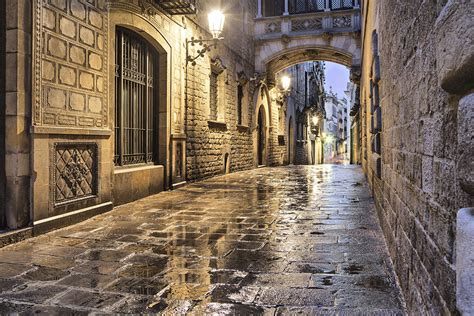 barcelona gothic quarter blog three must sees of barcelona s gothic quarter