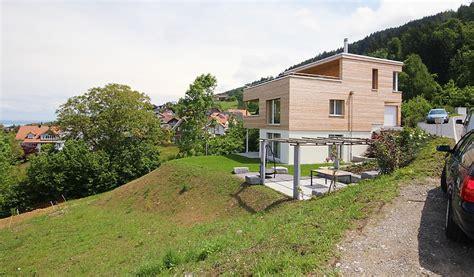 Einfamilienhaus Hanglage Planen by Bauen Am Hang Swisshaus Ag