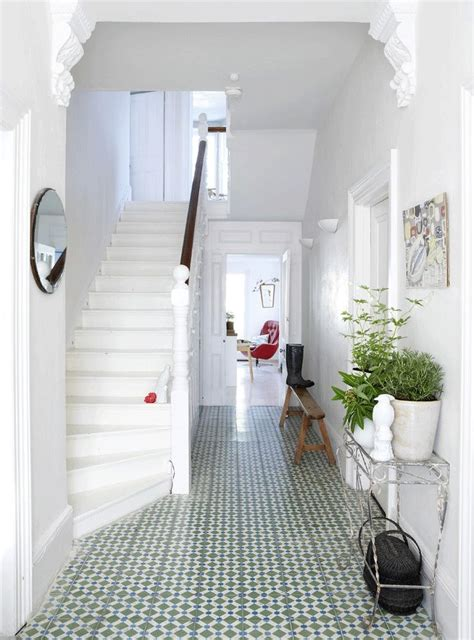 pinterest ideas for halls of small hotels 1000 ideas about small entrance halls on small entrance entrance halls and corner wall