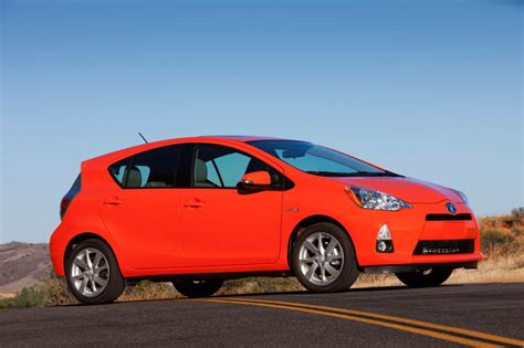 2014 Toyota Prius C One 2014 Toyota Prius C Pictures Photos Gallery Motorauthority
