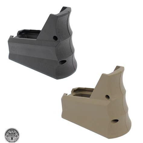 Handgrip R rhino r 23 tactical magwell grip and funnel