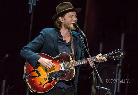 dead eyes glow let love in guitar playthrough the lumineers play homecoming shows at red rocks photos