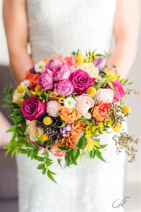 winter wedding flowers guide mondo floral designs
