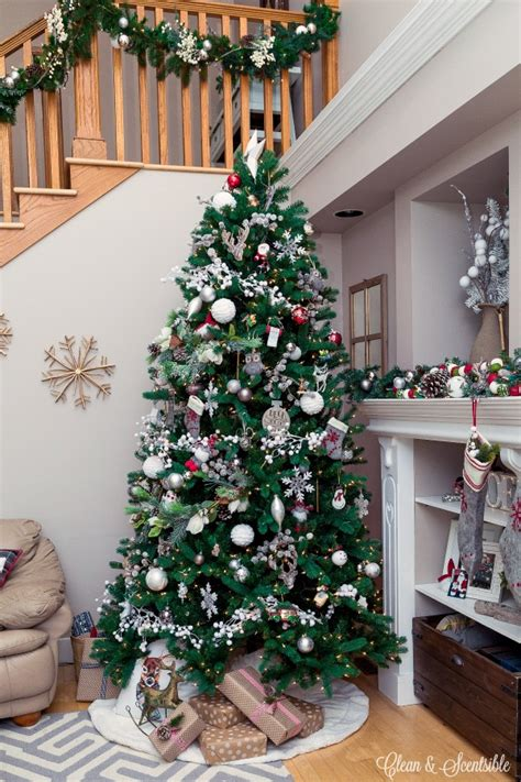 how to hang garland on christmas tree how to hang a garland on the stairs clean and scentsible