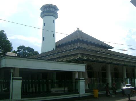 masjid sunan ampel kekunaan