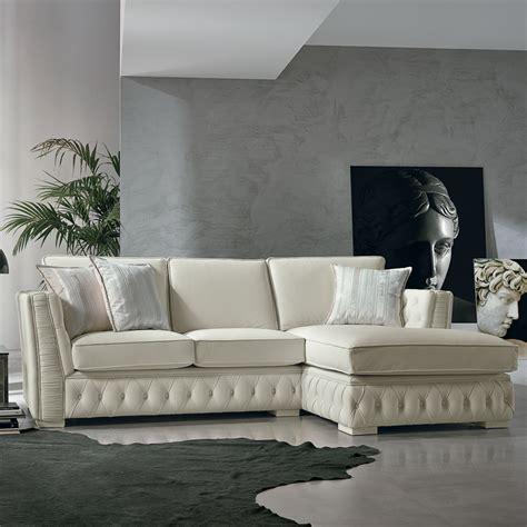 divani ad angolo in pelle prezzi divano ad angolo in pelle stile classico teseo