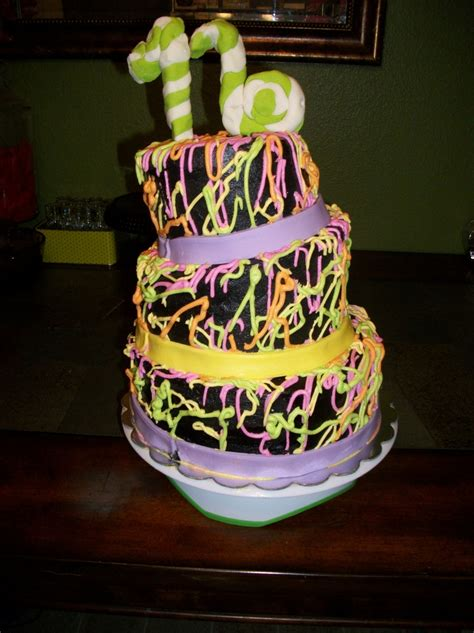 Glow In The Dark Cake Cakecentral M
