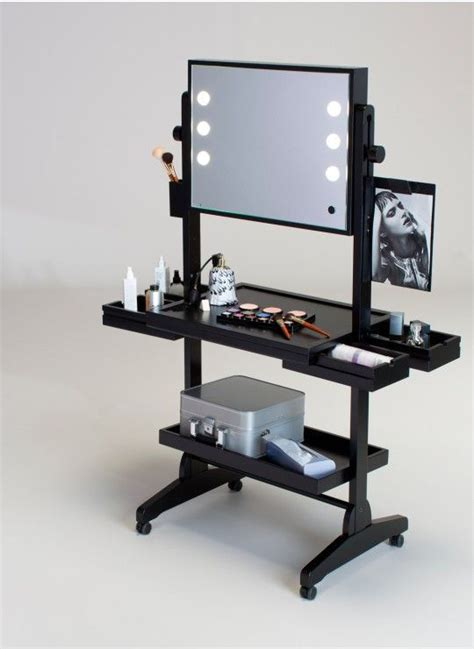 Portable Vanity Set by 25 Best Ideas About Vanity Table With Lights On