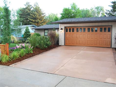 Garage Landscaping Ideas by The Plants That Transformed America S Most Desperate