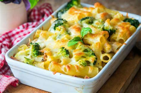 yemek tarifi brokoli makarna sosu 28 beşamelli fırın makarna tarifi nasıl yapılır yemek com