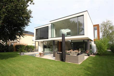 Ranch House Plans With Basement by Dise 241 O De Casa Moderna De Dos Pisos Construye Hogar