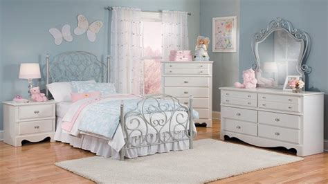 princess bedroom set bed room furniture images disney princess bedroom