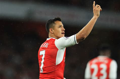 alexis sanchez history arsenal news alexis sanchez set to become highest paid