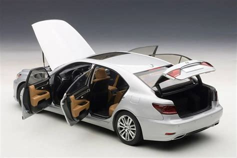 Diecast Wheels Lexus Sc400 autoart 1 18 lexus ls600 diecast model car 78841