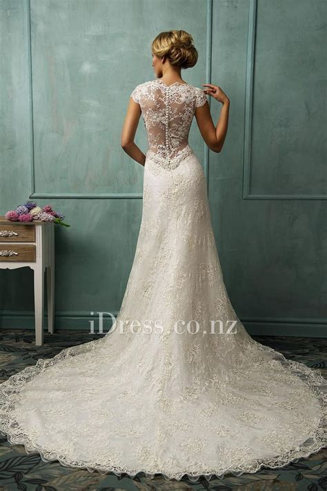 Best 25  Tight wedding dresses ideas on Pinterest   Pretty